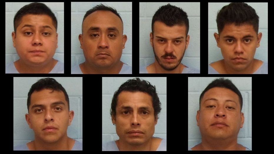 Texas mall robbery suspects ID'd as Mexican nationals in US illegally