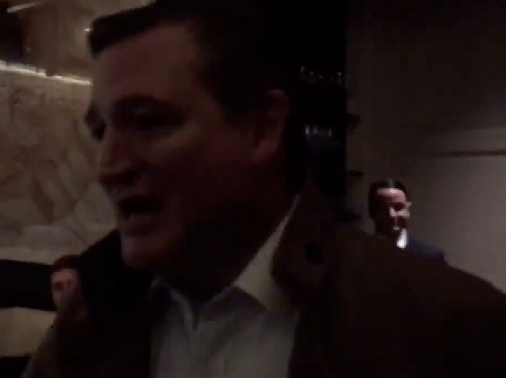 Video: Ted Cruz Chased Out Of D.C. Restaurant By Anti-Kavanaugh Protesters