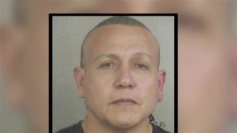 Florida man charged with sending explosive packages