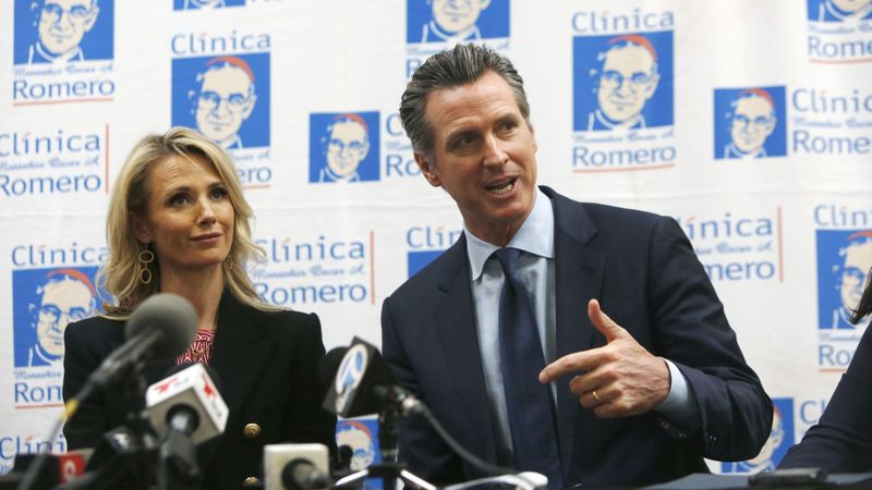 Forget the trip to El Salvador, Newsom needs to focus on California's problems