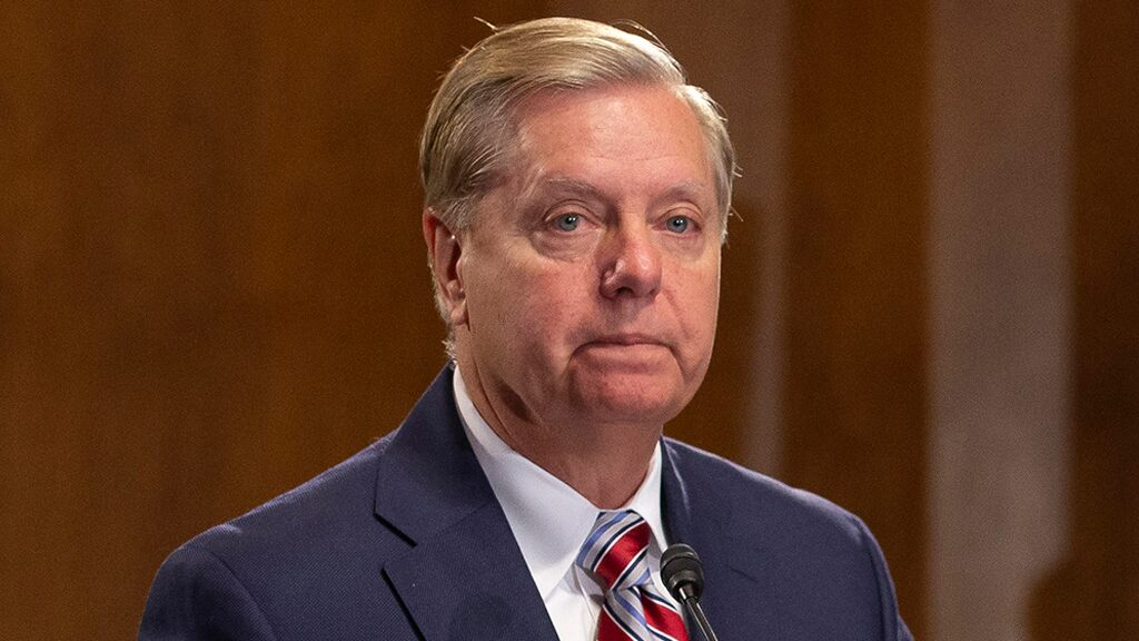 Lindsey Graham wants to call Comey, McCabe to testify before Senate committee this summer